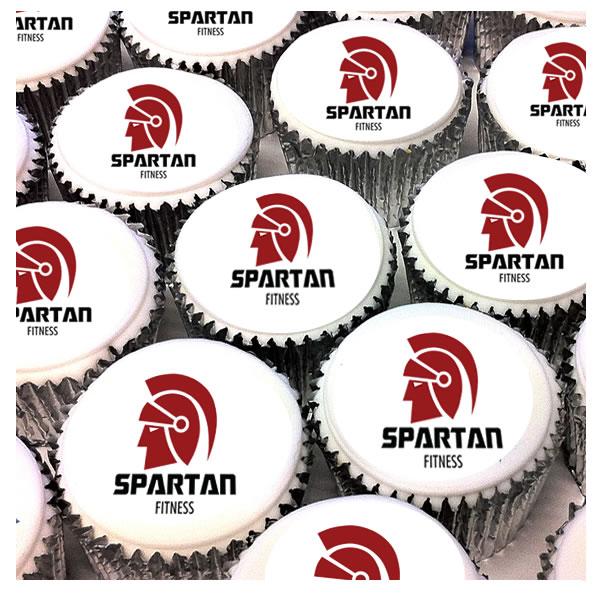 cupcakes corporativos, cupcakes empresariales, cupcakes con logo, cupcakes con masa fondang, lima peru